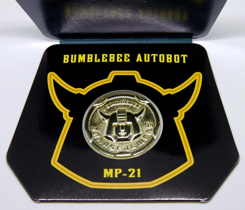 Médailles et bonus TT ASIA Transformers Masterpiece Mp-21_11