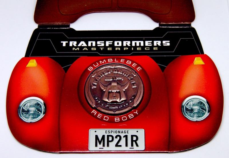 Médailles et bonus TT ASIA Transformers Masterpiece Mp-21r11