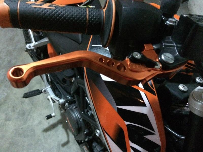 Katie, KTM DUKE 125 ABS - Yonie Img_2913