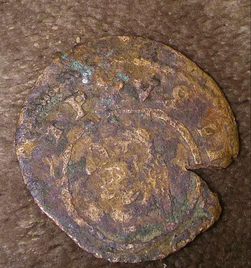 Moneda a identificar medieval 20180132