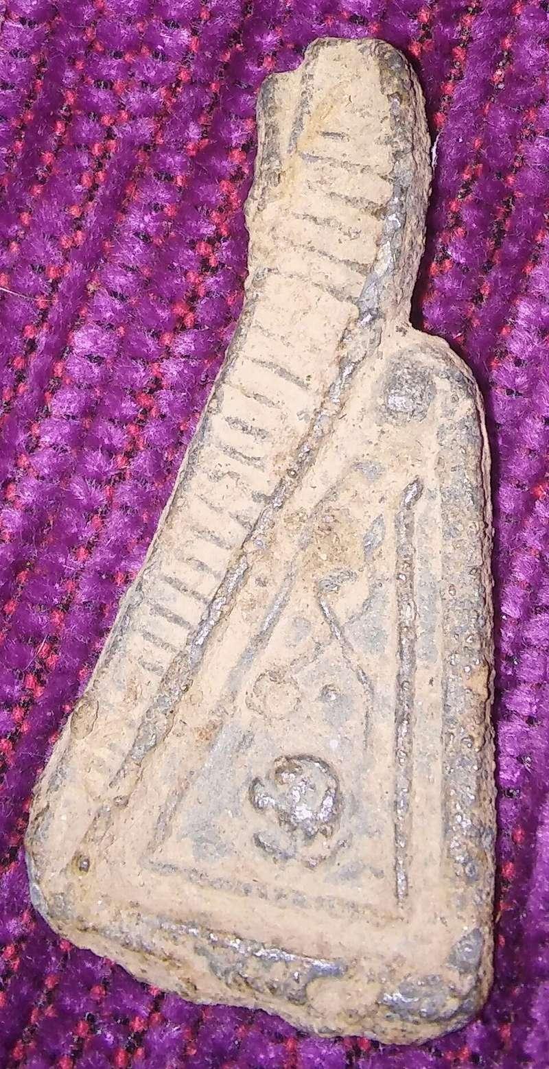 Amuleto antiguo? 20180243