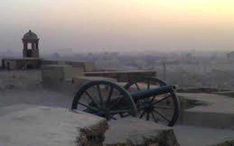 مدفع الإفطار قديمآ في بغداد Oi_oai10