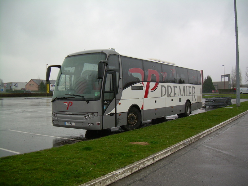 Les cars et bus anglais - Page 3 Berkho13