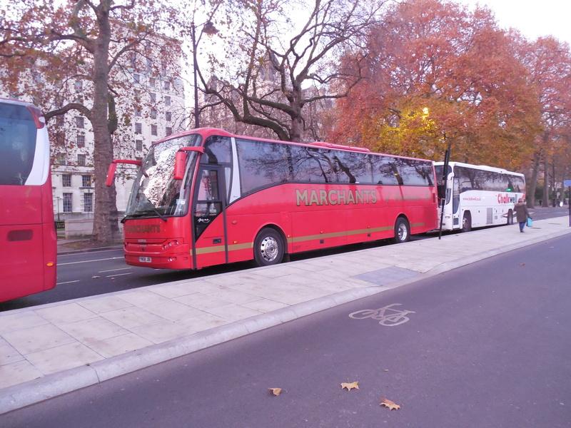 Les cars et bus anglais - Page 3 Berkho15