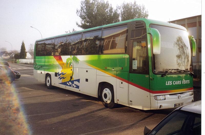 VOYAGES COUTEAUX - LES CARS VERTS Irisbu50