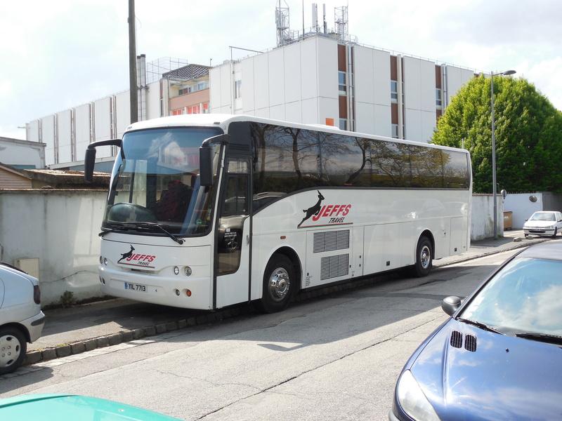 Les cars et bus anglais - Page 3 Jonckh10