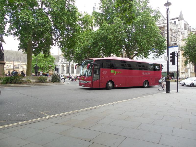 Les cars et bus anglais - Page 2 Merced17