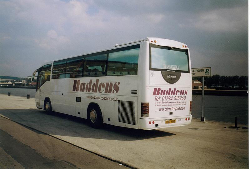 Les cars et bus anglais - Page 3 Scania21