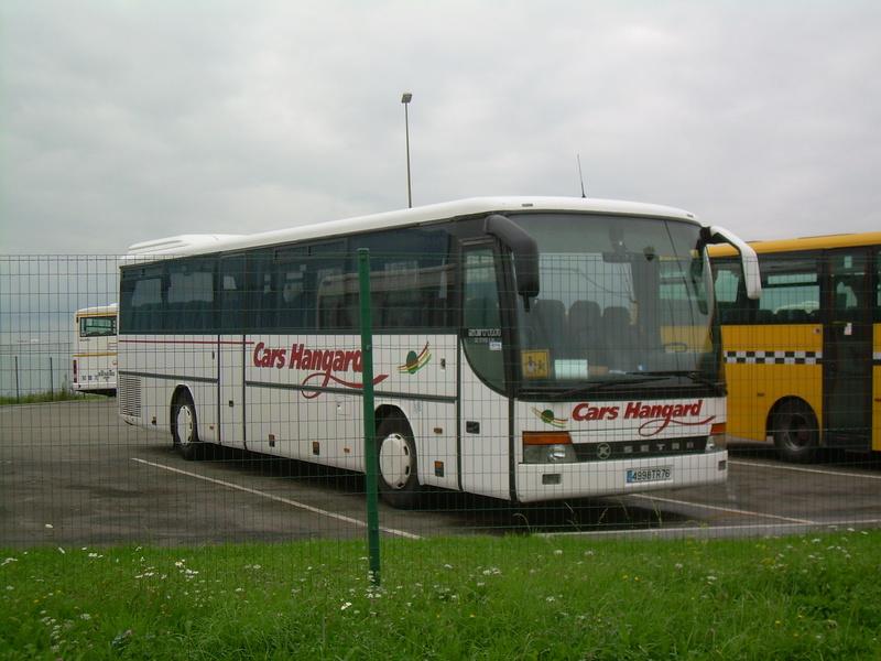 Transports HANGARD  Setra_33