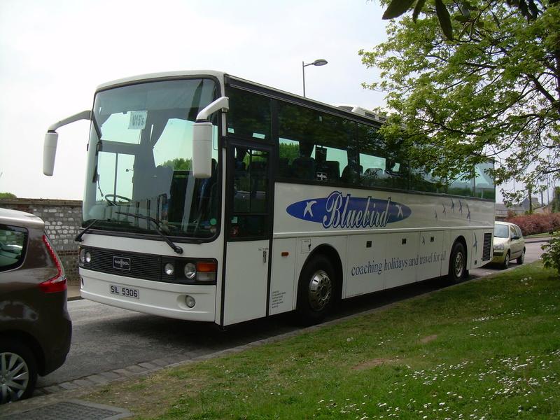 Les cars et bus anglais - Page 3 Van_ho89