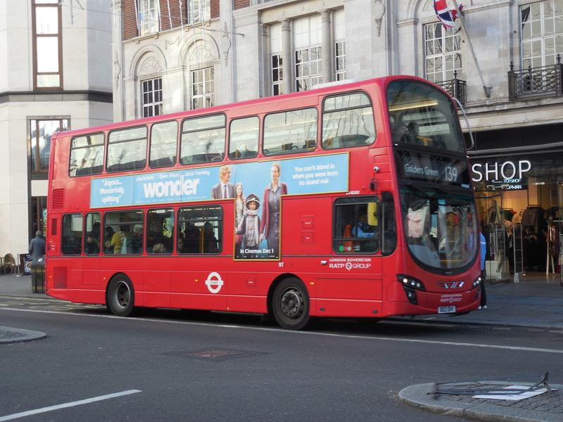 Les cars et bus anglais - Page 2 Wright11