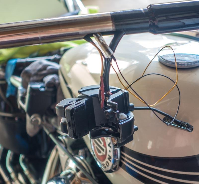 Résistance et clignotant LED Breakout Cligno20