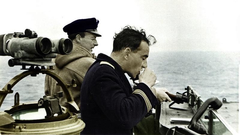 le Duffle Coat de l'officier de la Royal Navy Photo_10