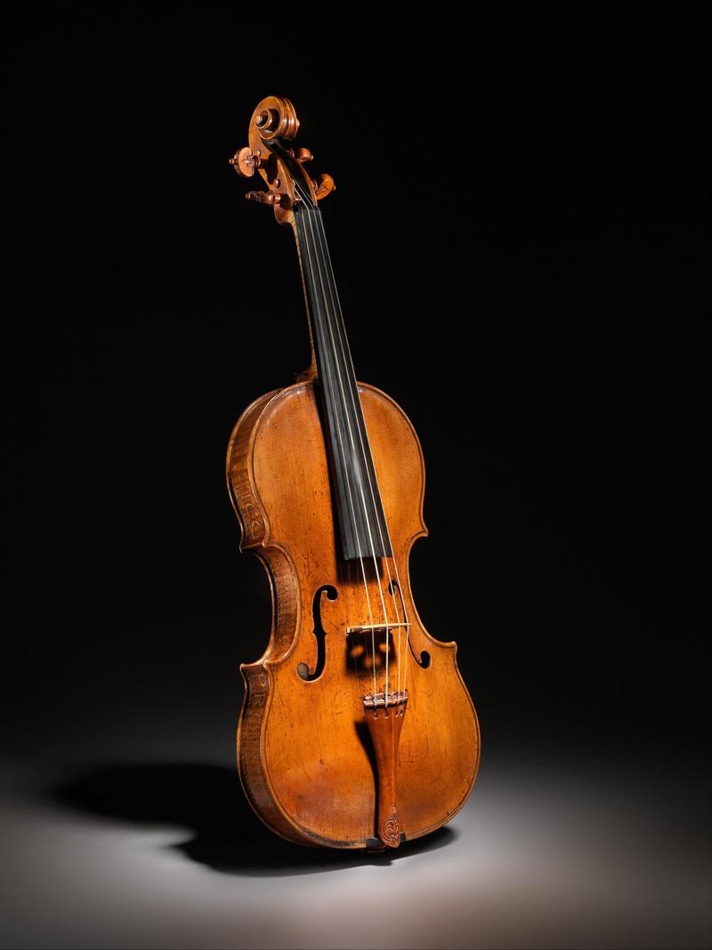 Strumenti Musicali: storia e magia Dp302610