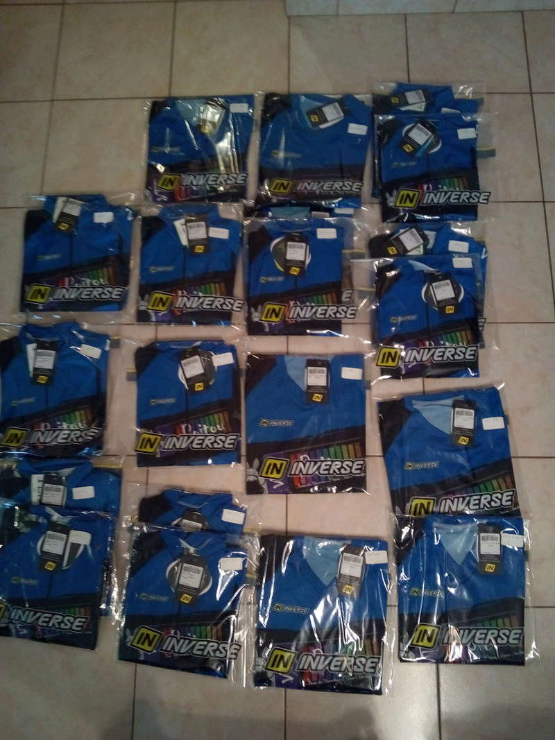 Resto  pour remise de maillots Img_2011