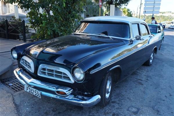 Les autos Cubaines - Page 2 Dsc01313