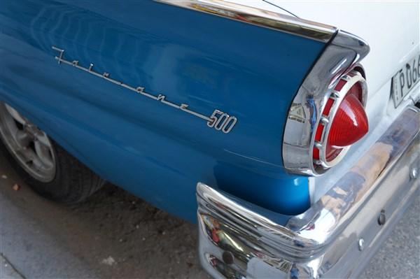 Les autos Cubaines - Page 2 Dsc01316