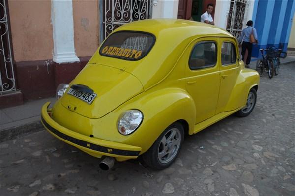 Les autos Cubaines - Page 2 Dsc01511