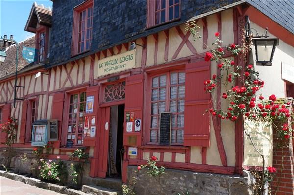 """CLUB V8 Sortie régionale """"Hauts de France"""" à Gerberoy Dsc02500"""