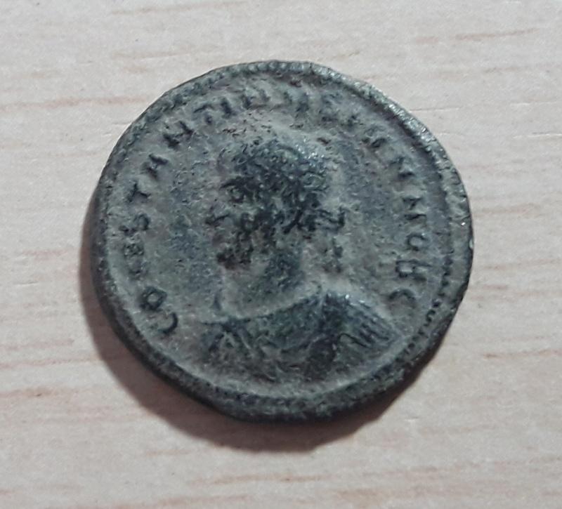 AE3 de Constantino II. CAESARVM NOSTRORVM / VOT X. Tesalónica 20171126