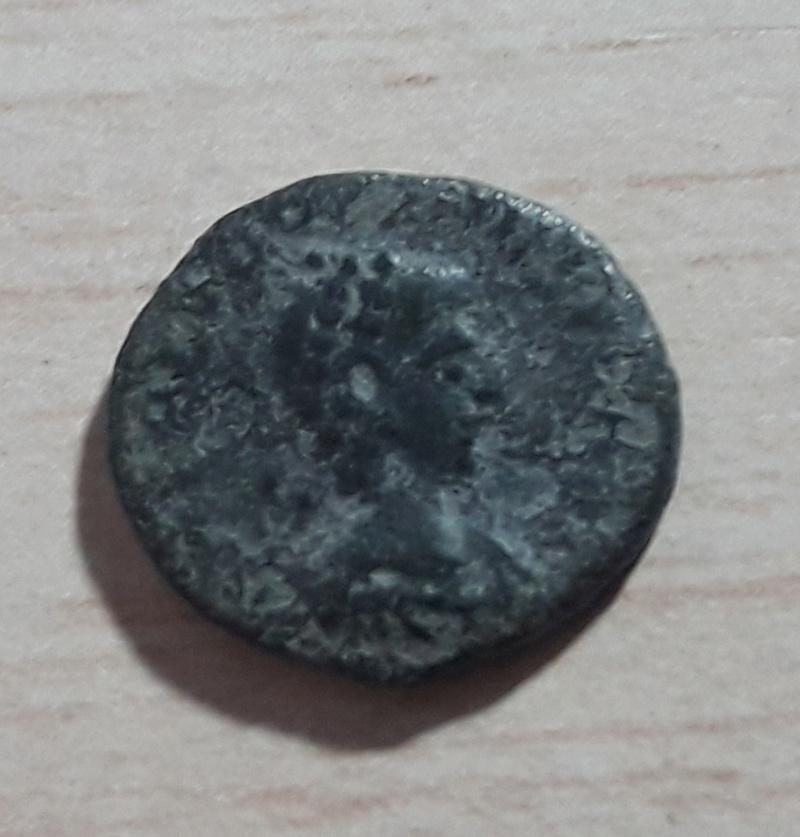 AE4 de Teodosio I. SALVS REI PVBLICAE 20171136