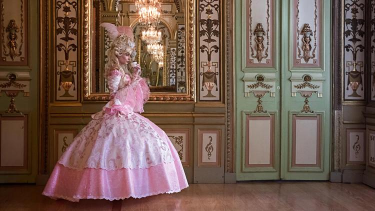 Marie-Antoinette et la Révolution dans la Mode  F9450f10