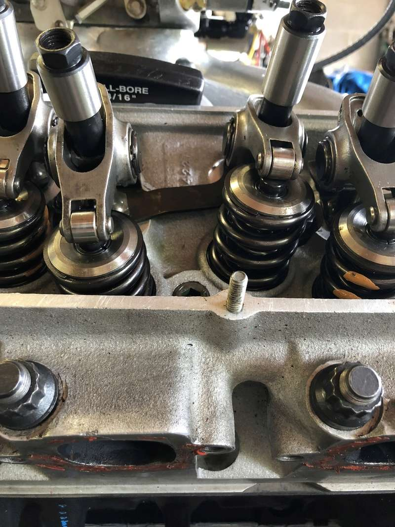 A460 head pushrod question F2741010