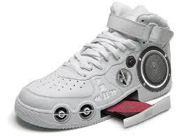 أغرب احذية فى العالم Images11