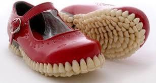 أغرب احذية فى العالم Images12