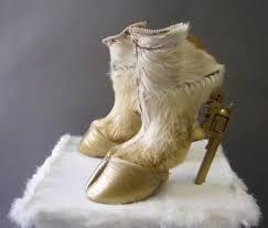 أغرب احذية فى العالم Images22