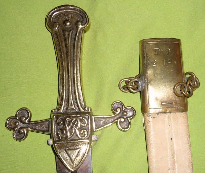 une dague de templier... P1160812