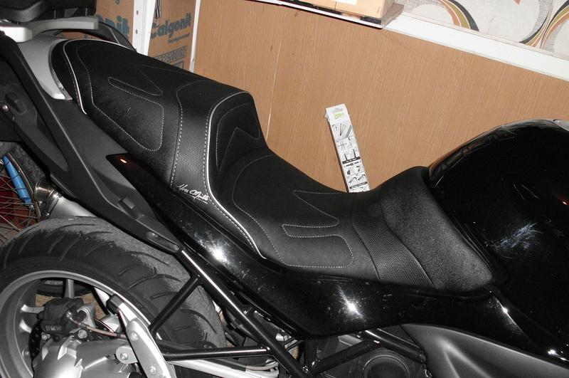 Selle confort pour R 1200 R Cimg3410
