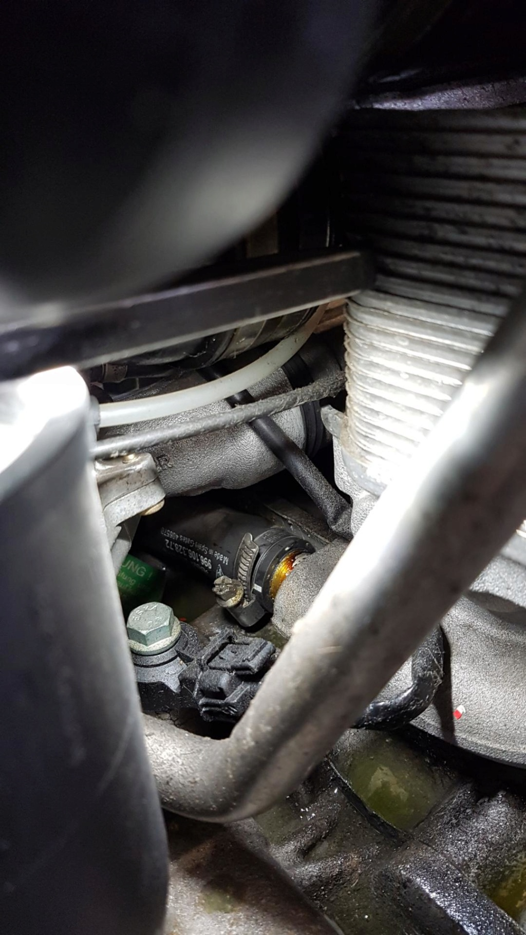 Refroidissement Moteur Porsche 996 Turbo Img_0211