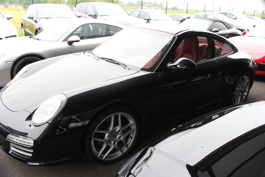 70 Ans Centre Porsche ROISSY Sonauto - Page 2 Img_6613