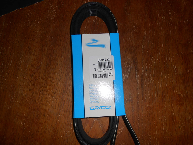 changement courroie d'accessoires Dscn0811