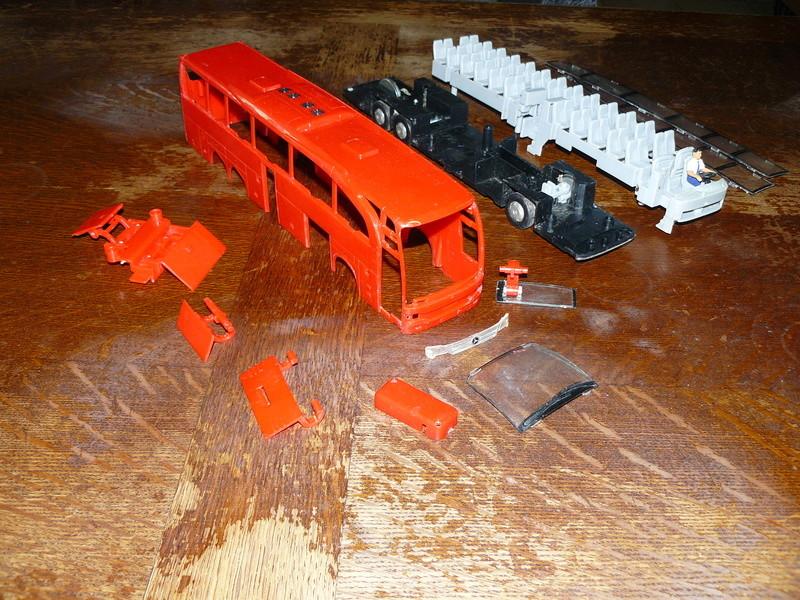 Les cars et bus miniatures P1290310