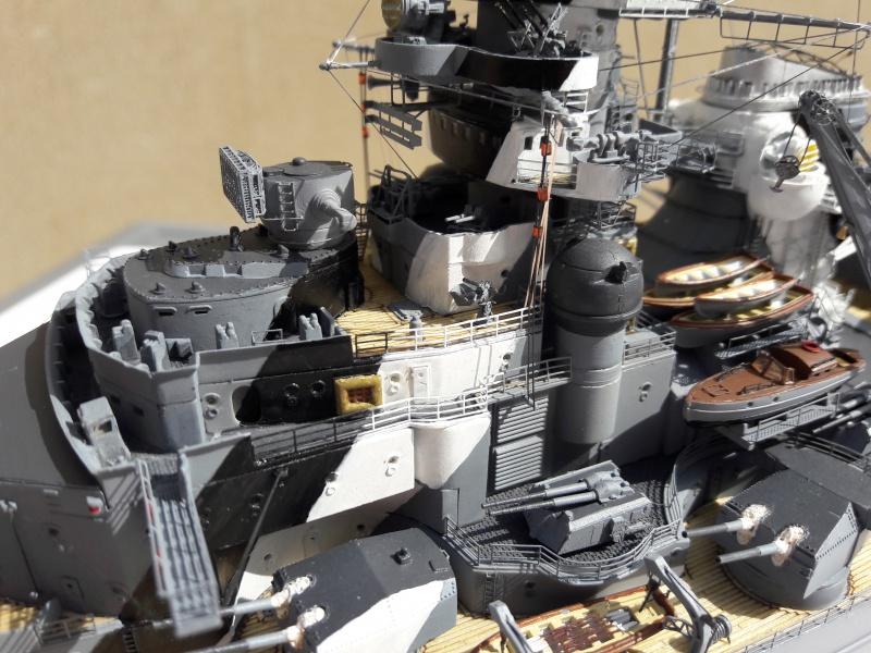 Bismarck 1/350 Revell Premium + PE 39607110