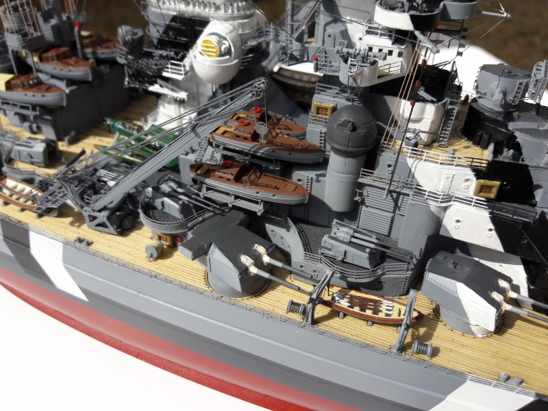 Bismarck 1/350 Revell Premium + PE 63139210
