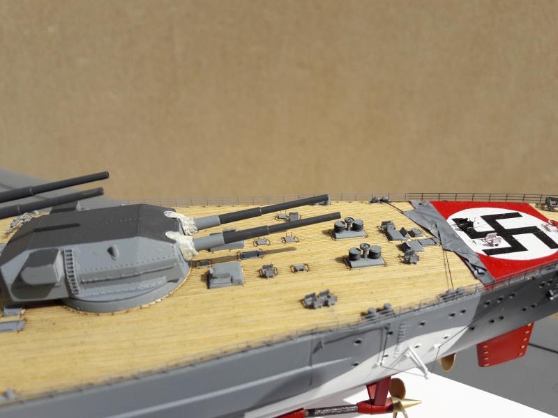 Bismarck 1/350 Revell Premium + PE 83335710
