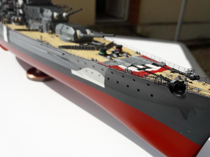Bismarck 1/350 Revell Premium + PE 90820410