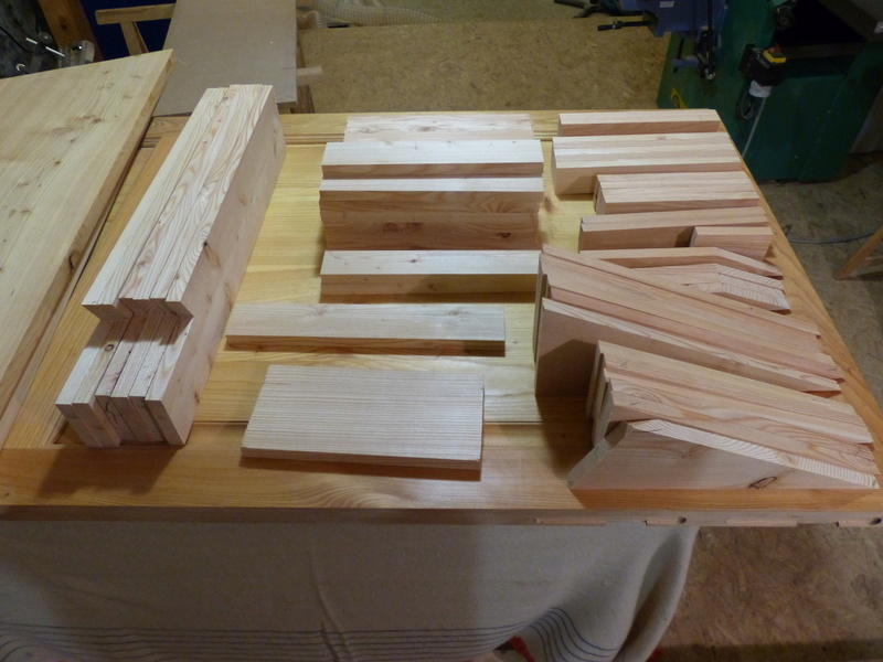 Fabrication d'une scie à ruban en bois (Matthias Wandel) - Page 2 P1040011