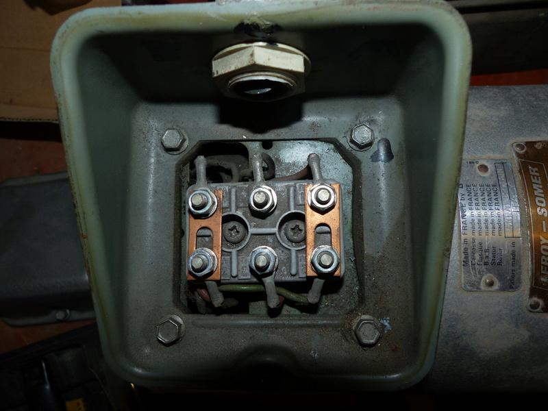 Cablage de moteurs triphasés P1040014