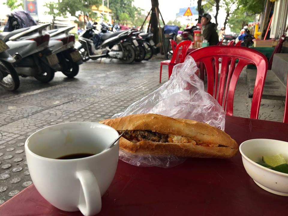 Voyages culinaires et philosophiques (suite) à Da Nang, vietnam - Page 2 A272