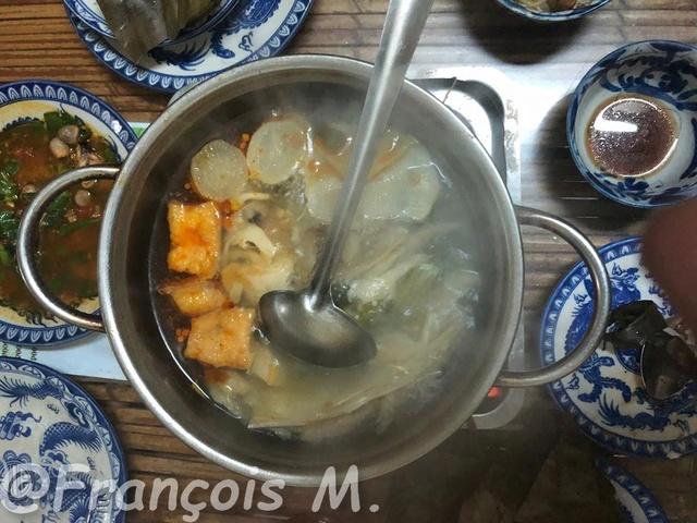 Voyages culinaires et philosophiques (suite) à Da Nang, vietnam - Page 3 A369