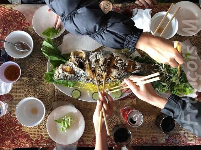 Voyages culinaires et philosophiques (suite) à Da Nang, vietnam - Page 3 A372