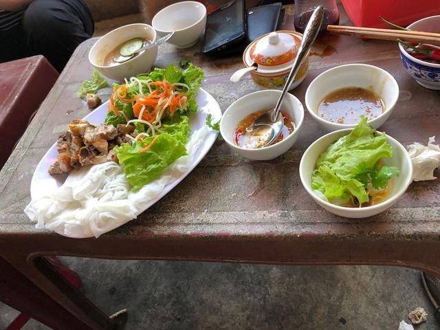 Voyages culinaires et philosophiques (suite) à Da Nang, vietnam - Page 3 A390