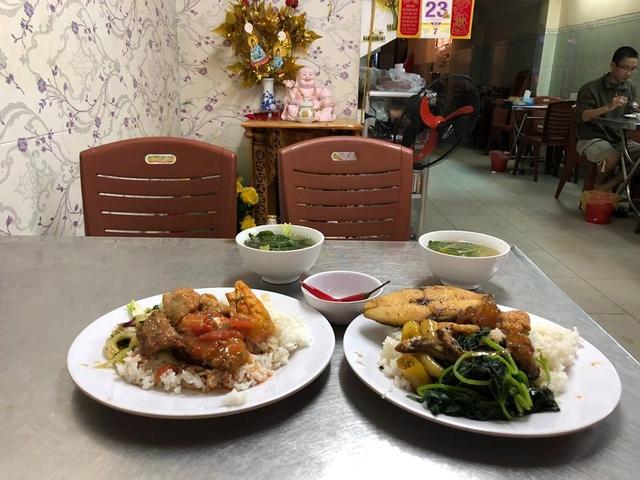 Voyages culinaires et philosophiques (suite) à Da Nang, vietnam - Page 4 A434