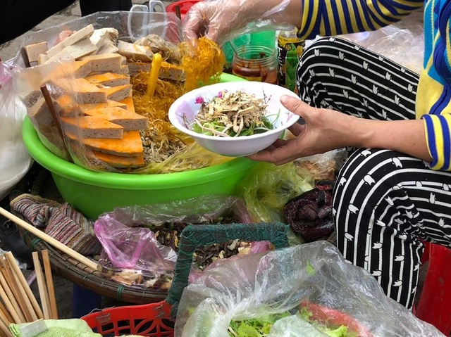 Voyages culinaires et philosophiques (suite) à Da Nang, vietnam - Page 4 A452