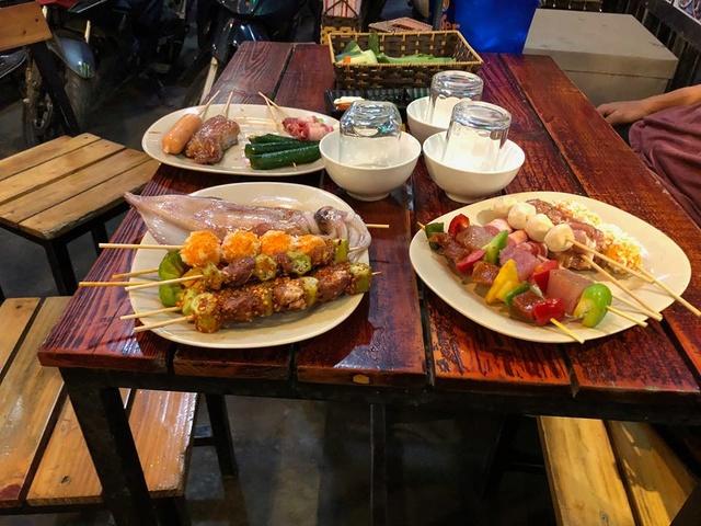 Voyages culinaires et philosophiques (suite) à Da Nang, vietnam - Page 4 A455
