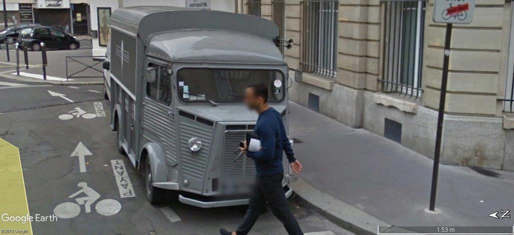 STREET VIEW: RETRO - le Citroen HY, le TUB d'après guerre. A608